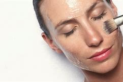 A Practical Overview of Facials, Facial Masks and Facial Kits. A Must Have For Busy Women Looking To Simplify Their Home Skin Care Routine Without Losing The Benefits Of A Beautician's Pro Touch. 9